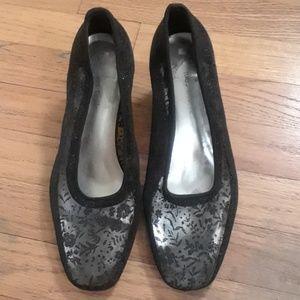 Vintage Jacques Levine blackmesh evening shoes